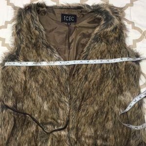 TCEC Jackets & Coats - Faux Fur Vest Brown